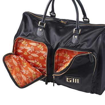 Glll SIGNATURE Boston Bag GV0419